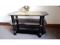 Table in dark glass for TV/Stereo excellent conditions