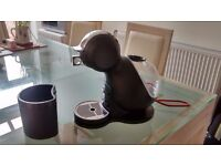 Dolce Gusto - coffee machine - great condition