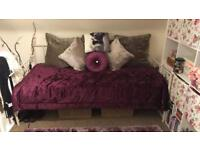 Day bed for sale(single) with mattress
