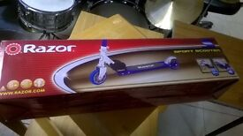 New Razor Sport Scooter in Excellent Condition