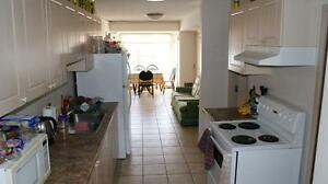 ATTN Students: 347 Spruce Affordable 2 and 5 Bedroom units! Kitchener / Waterloo Kitchener Area image 6
