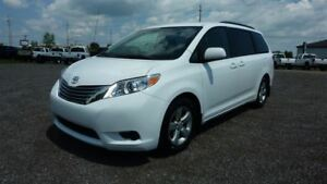 2011 Toyota Sienna 5dr V6 LE 8-Pass FWD