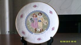 Valentine Day (1976) Royal Doulton Plate