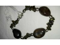 Bracelet made of the real stones
