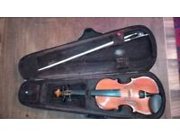Stentor 3/4 size student violin, bow & case