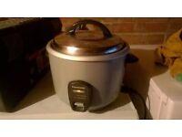Panasonic Conventional Rice Cooker SR-E18A excellent central London bargain
