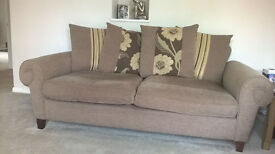Sofa for Sale. Exellent Condition. £100 ONO