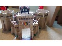 Early learning wooden knights fort/castle