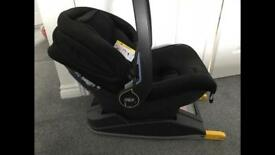 Car seat and Isofix base mamas and papas