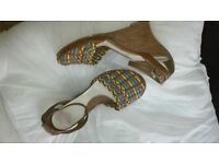 wedge sandals size 5