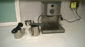 professional coffee maker condition like a new