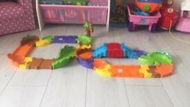 VTech Toot -Toot animal track set
