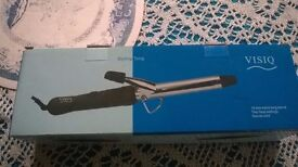 Brand new boxed curling wand