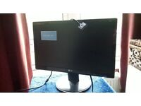 Flatron Moniter hardly been used,like new,18""