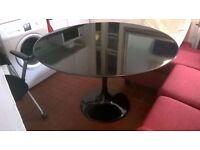 Black 120cm diameter tulip table (£500 new) 6 months old central London bargain