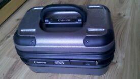 Canon lens case 200-new