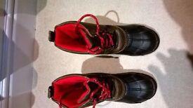 Brand New, kids Gap winter snow boots, Size 2