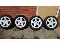 peugeot 206 white alloy wheels £80