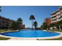 2bed, 2 bath luxury apartment with swimming pool, in Torreblanca, near Malaga.