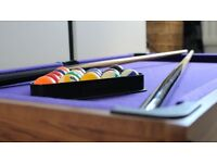 Mini Pool Table ideal for table top use includes balls, 2 cues and triangle