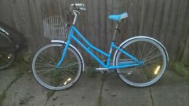 adults / teenager vintage bike great condition .real eye catcher