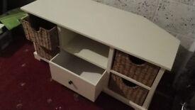 White wood corner TV stand ***pristine***