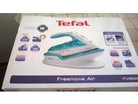 tefal freemove air cordless FV6520 steam iron.