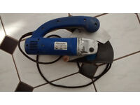 Silverline Wall Chaser 1500W 230V fairly new blades