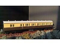00 Model Railways Airfix Coaches