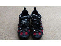 Men's Chameleon Slam II Walking Shoe - Charcoal/Red - Excellent Condition - Size 6