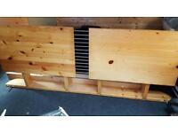 Kingsize wood bed