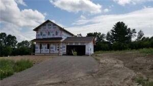 40 TAYLOR HEIGHTS DRIVE Pembroke, Ontario