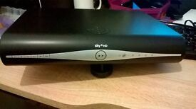 BRAND NEW UN-USED SKY+HD RECEIVER BOX STILL IN PACKAGING