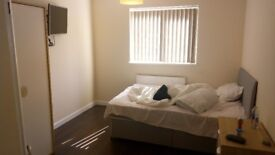 1 Bedroom Flat to Rent in very sought after City Centre Location. Fully furnished & Bills included