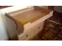 Baby Changing Station/Chest of Draweres