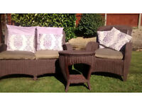 Gorgeous 3-piece Conservatory Furniture set, including cushions. Excellent condition