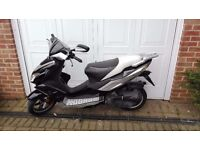 Viper moped 50cc 64 plate black and white