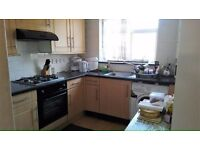 PROPERTY HUNTERS ARE PLEASED TO OFFER A 1 BED FLAT IN PLAISTOW FOR £950PCM (BILLS EXCLUDED)