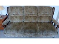 Three seater settee in good condition FREE collection from Bourne
