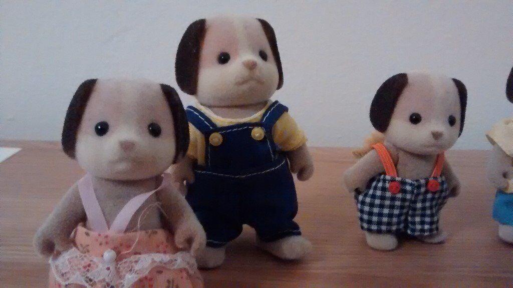Sylvanian Beagle Family complete set