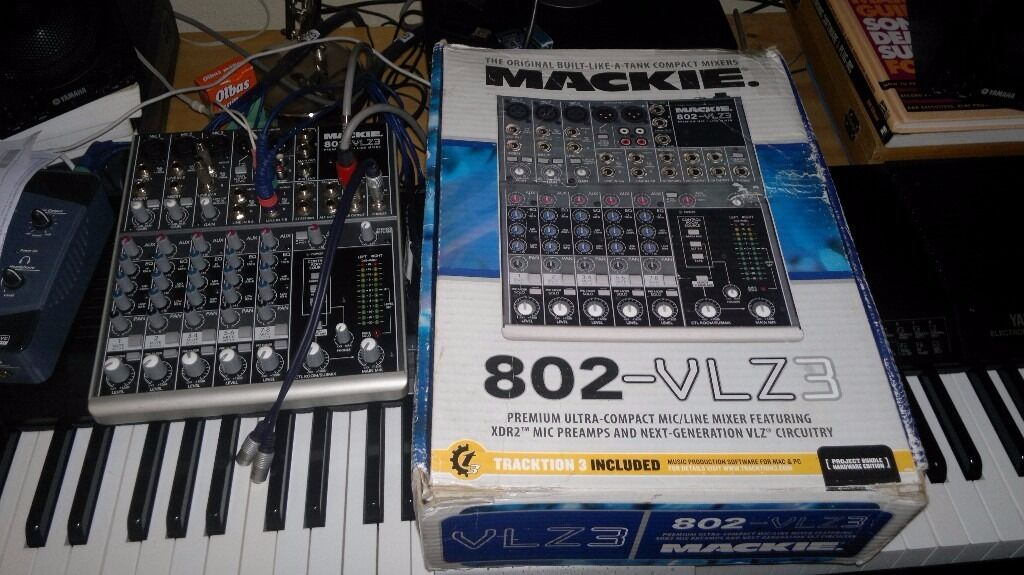 Mackie 802 VLZ3 Compact Mixer With Tracktion 3 Software