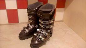 Ladies Salomon Ski Boots Size 6