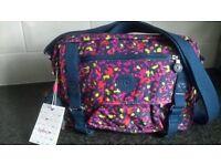 new Kipling bag gracy design