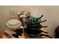 Large kitchenware package