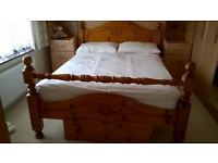 """Solid Wood 4' 6"""" Double Bed Base"""