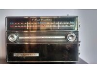 Black Vintage Retro radio 16 transistor trf 2200l 70th vintage working order £20 great for deco