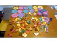 LARGE CLEARANCE JOBLOT BOOTSALE BABY PLASTIC FOOD ETC