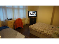 Lewisham SE13. Modern & Spacious 4 Bed (no reception room) Furnished House with Garden