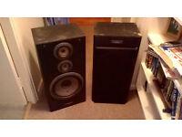 2 large Pioneer CS- 701 speakers for sale.