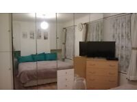 Double room long or short let- no deposit